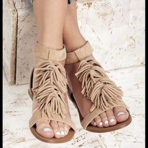 Sole Society Koa Fringe Sandals Tan Suede 7.5